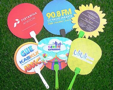 Kipas Promosi, Bahan Plastik, Kipas Pilkada, Cetak Souvenir Kipas, Harga Murah, Kipas PRJ, Kualitas Terjamin dan Gratis Pengiriman area Jakarta
