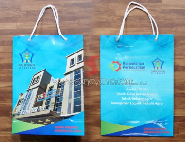 Paper bag promosi Politeknik Ati Padang