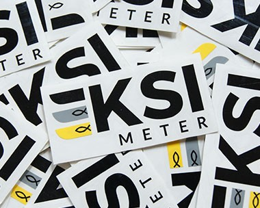 Buat sticker sablon sticker bahan vinyl dan chromo