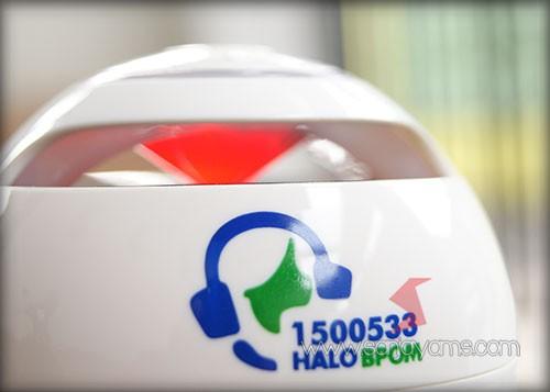 Detail logo speaker