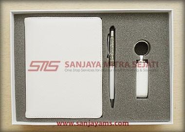 Gift Set 808 (Terdapat USB)