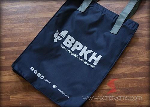 Tas Bahan Taslan dengan cetakan Logo BPKH