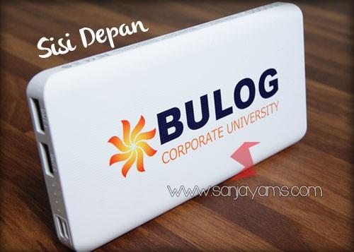 Cetak logo Bulog di sisi depan Power Bank Slim 10.000 MAH