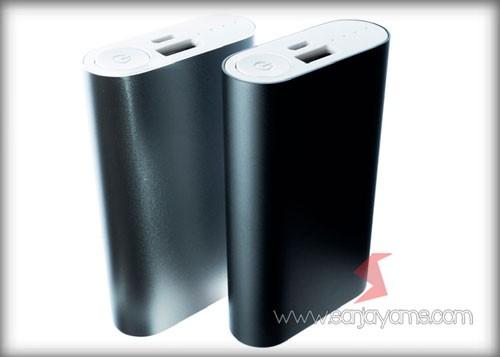 Powerbank PA11 warna hitam
