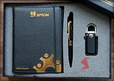 Gift Set 803 - Gold (Terdapat USB)
