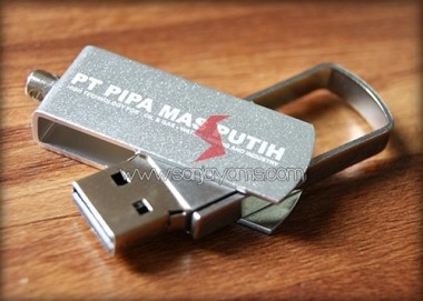 USB Metal (UM03)