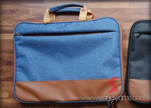 Tas laptop warna navy