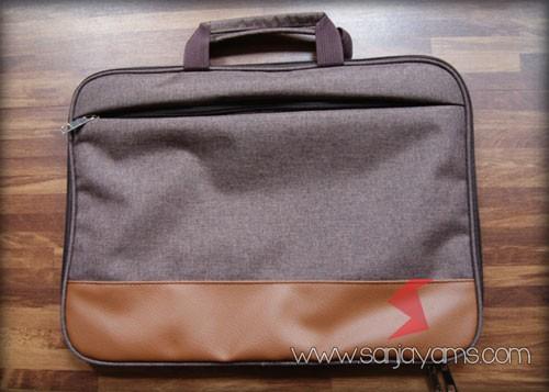 Tas laptop warna coklat